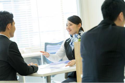 銀行事務とは?仕事内容・年収・必要スキルを詳しく解説   派遣・求人 ...